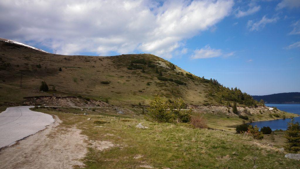 Проходът Ушите: Пътят до Белмекен