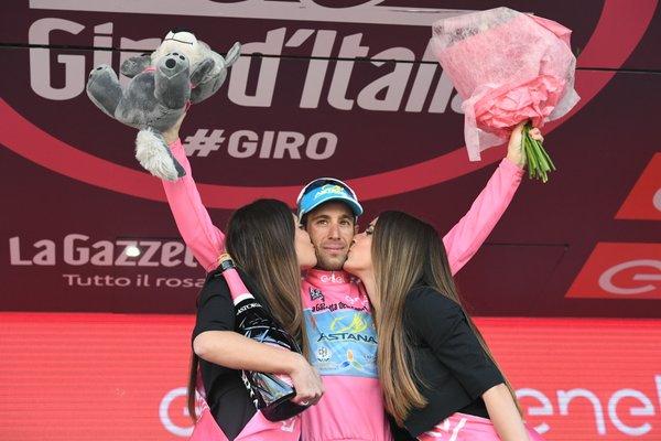 """""""Джиро д'Италия"""" 2016: Триумф на Винченцо Нибали"""