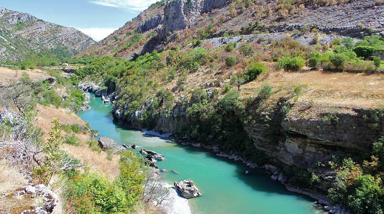 moraca-river