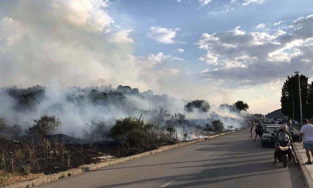 Пожарите в Черна гора се възобновиха, обхващат парка Дурмитор