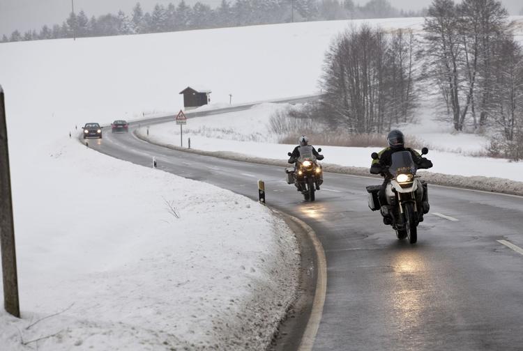 Сняг и лошо време за Откриването на Мото сезона в Пловдив и София