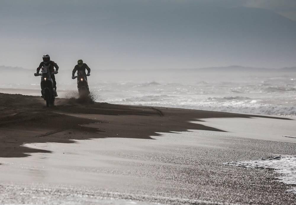 Дакар 2018 - Етап 4: Съндърланд отпада! Ван Беверен печели в пясъчния ад