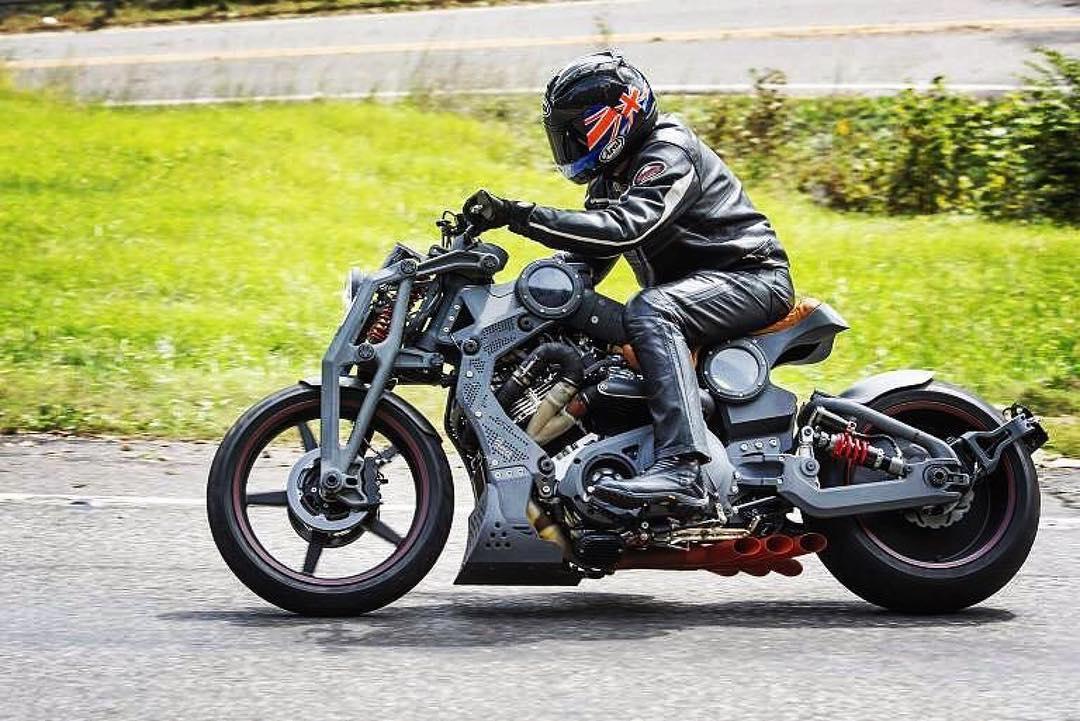 След 100 години отново мотоциклет с марката Curtiss