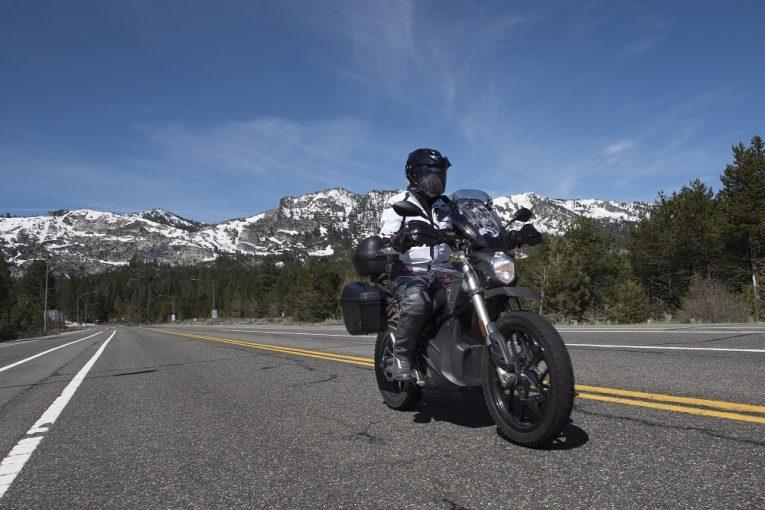Zero пускат DSR Black Forest - електро ADV мотоциклет за Европа