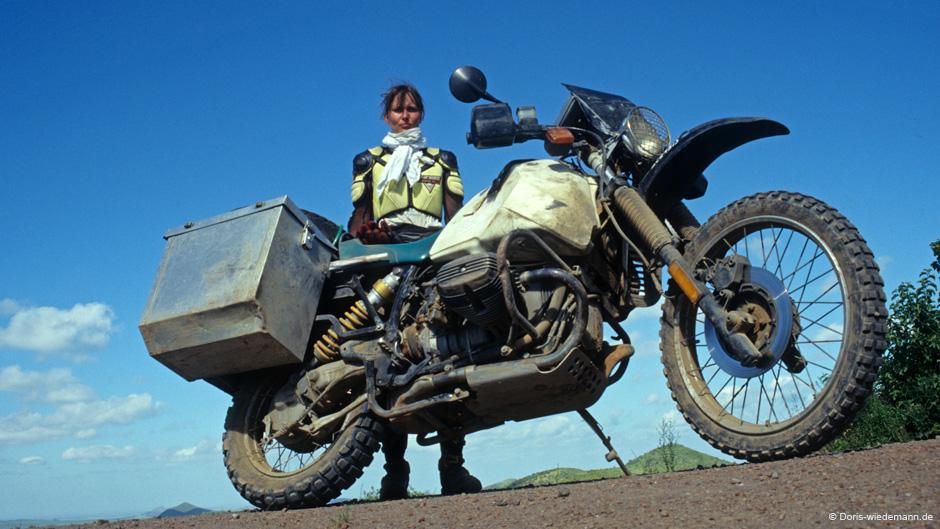 15 жени, които обикалят света с мотоциклет сами: 06 - Дорис Вийдеман
