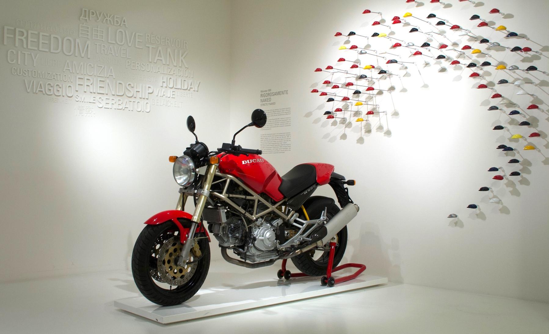 25 години Ducati Monster - Как да си дресираш чудовище