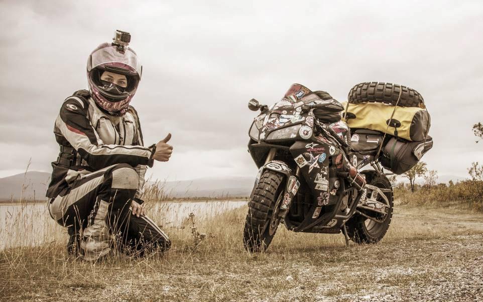 15 жени, които обикалят света с мотоциклет сами: 08 – Ники Мизурели