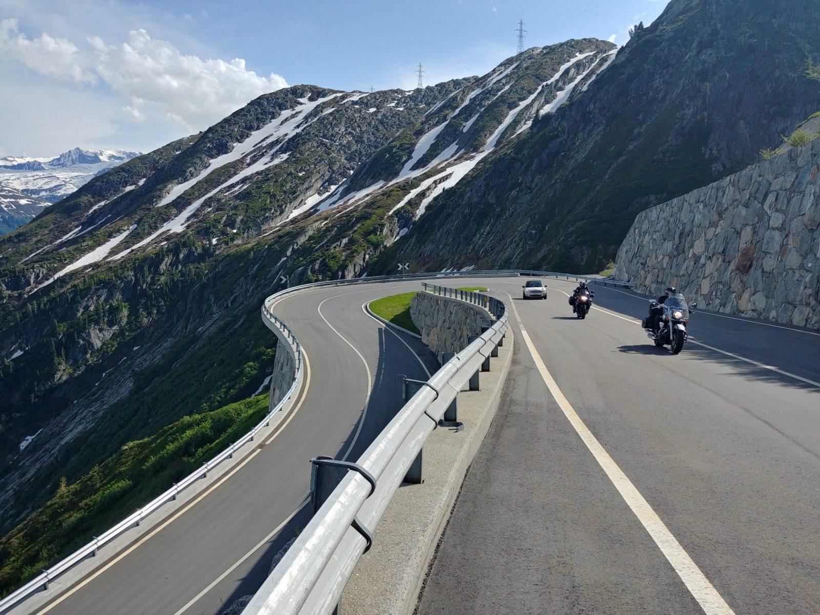 Grimsel Pass – Проходът Гримзел: Шедьовърът на швейцарските Алпи