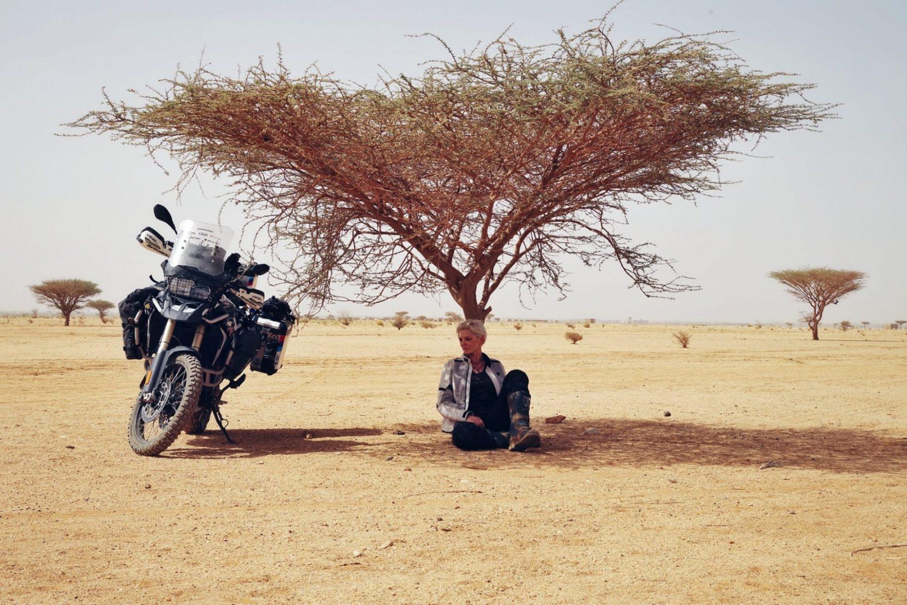 Соло от Австралия до навсякъде с мотоциклет – интервю с Кинга Танайевска - II част