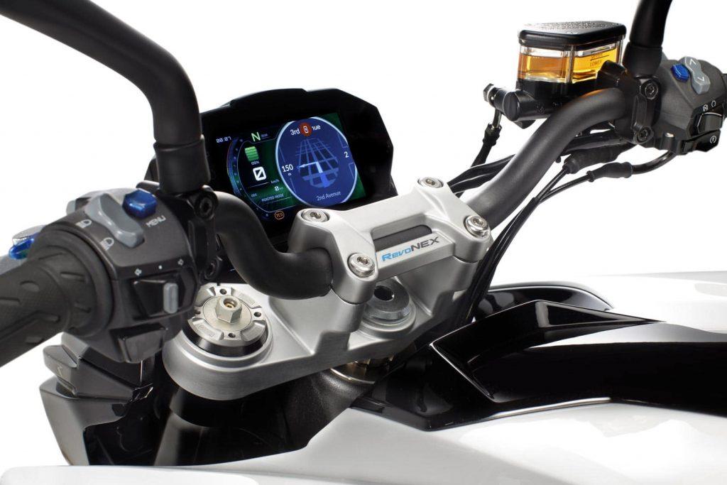 Картинката не може да има празен alt атрибут; името на файла е 2021-Kymco-Revonex-first-look-electric-sport-motorcycle-19-min-1024x683.jpg