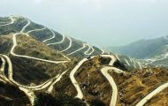 Пътят Зиг-заг или Bhul Bhulaiya – едно от най-забележителните трасета по Пътя на коприната