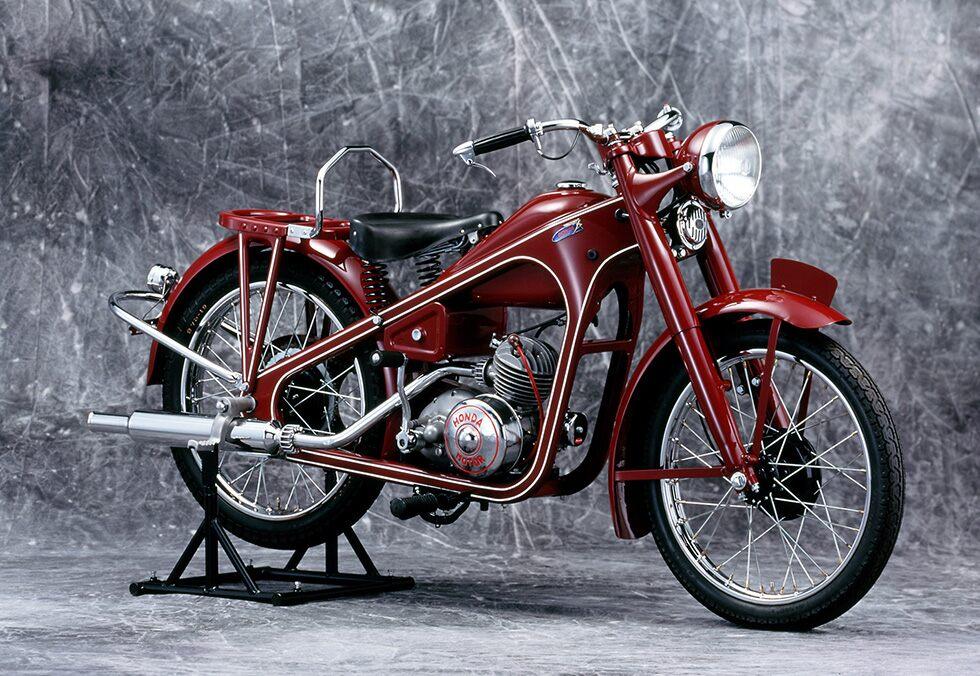 Photo of Honda празнува 400-милионния си мотоциклет