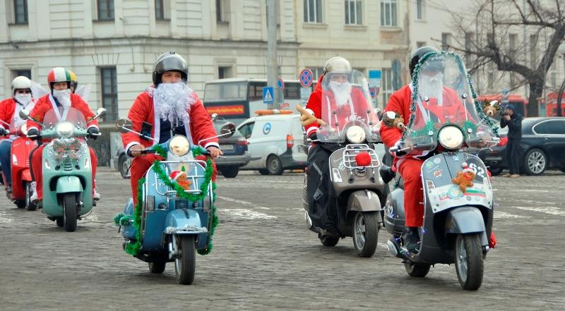 Photo of Коледната обиколка на Vespa клуб България (снимки)