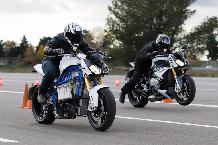 BMW E-Power Roadster Concept - eлектрическото бъдеще на  BMW?