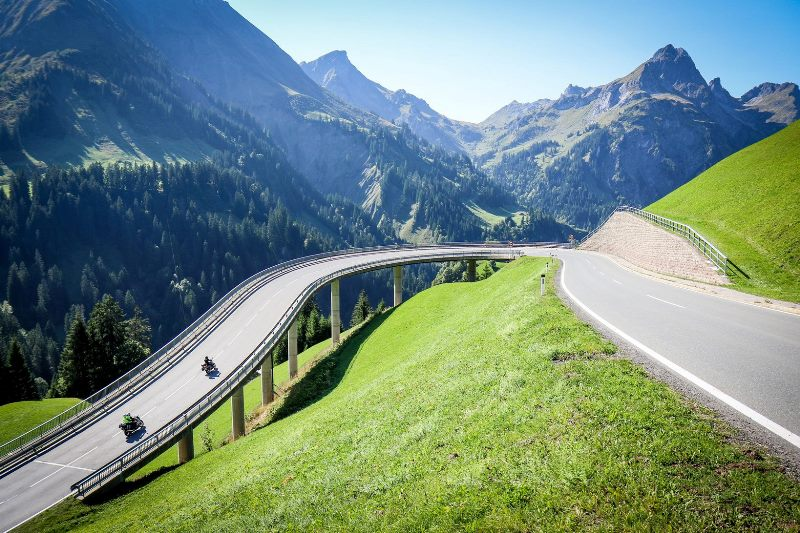 Проходът Хохтанберг - Hochtannbergpass: много зелен и скоростен