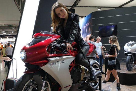 MV Agusta Superveloce 800 не спира да печели награди