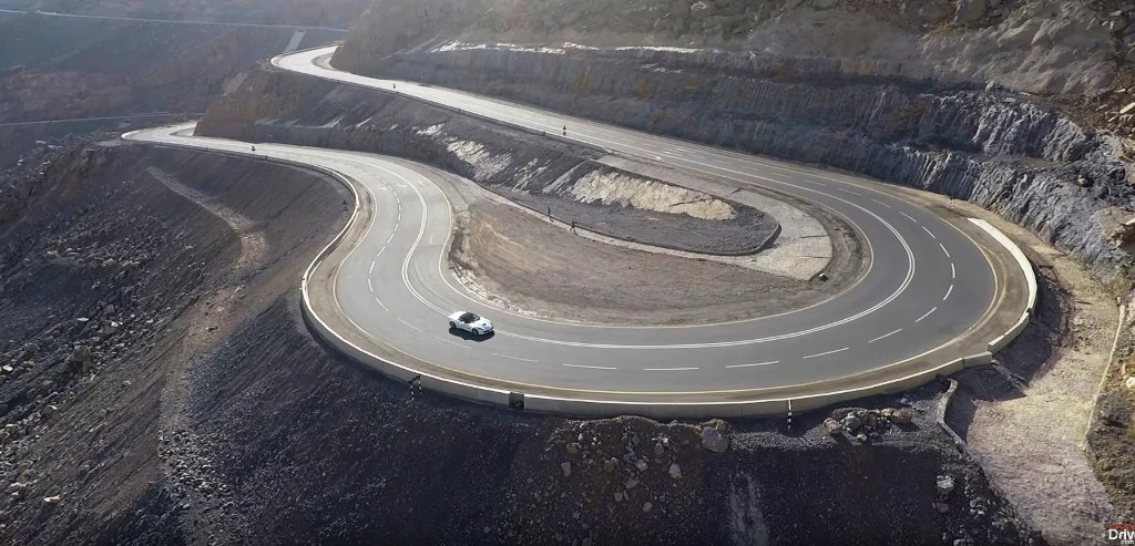 Photo of Планинският път Джeбeл Джаис (Jebel Al Jais). Най-доброто трасе в ОАЕ и на Арабския полуостров