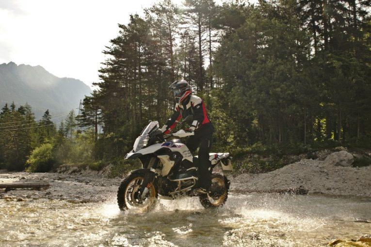 Мотоциклети под наем от Europcar