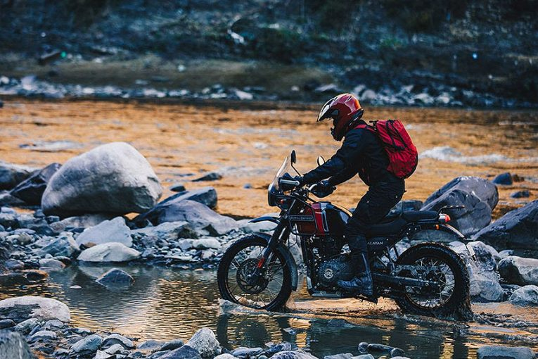Royal Enfield пуска нови цветове за Himalayan 411