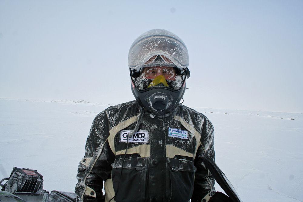 С Yamaha R1 до Северния полюс?! Жак Лукасен отново се готви да ни изуми