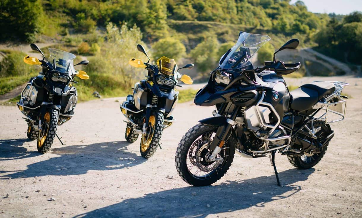"""BMW GS отбелязва 40-тата си годишнина с цветове на R 100 GS """"Bumblebee"""" от 80-те"""