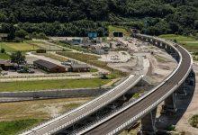 Отвориха тунела Ченери, който ще облекчи трафика в швейцарските Алпи