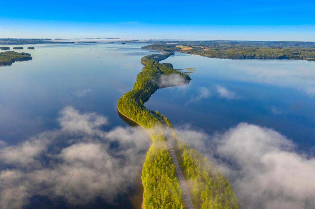 Пътят покрай езерото Пяйяне: Лахти-Ювяскюля